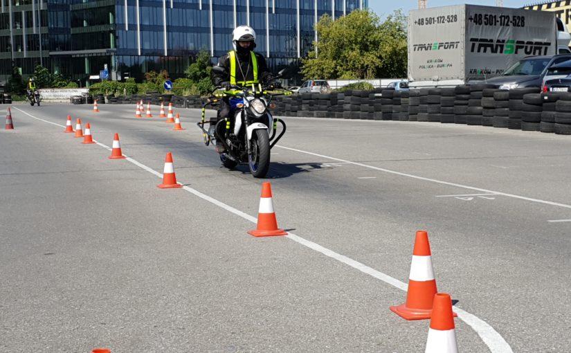 Motocykle 126-394 ccm wracają do szkół!